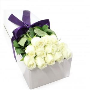 "15 Роз ""Белые как снег цветы"""