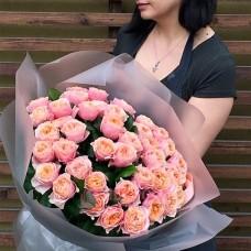 Букет пионовидных Роз Вувузелла