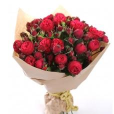 Букет пионовидных роз  Ред Пиано