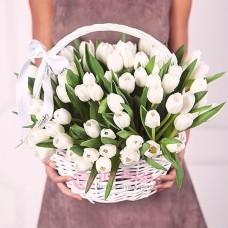 """Тюльпаны в корзине  """"Сияние"""""""