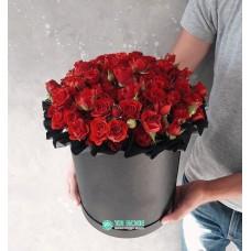 """Розы в шляпной коробке  """"Долгожданное лето"""""""