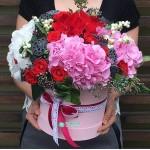 """Букет цветов в коробке """"Страстные чувства"""""""