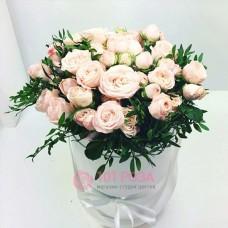 """Розы в шляпной коробке """"Весна"""""""