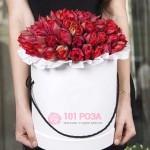 """Тюльпаны в шляпной коробке """"Дюймовочка"""""""