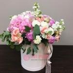"""Букет цветов в коробке """"Выборг"""""""