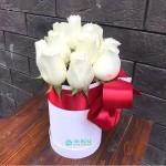 "Розы в коробке ""Меган"""