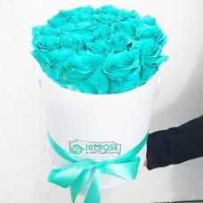 Розы бирюзовые в коробке