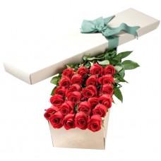 """Розы в шляпной коробке """"Луиза"""""""