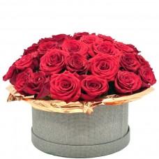 """Розы в коробке """"Блеск золота"""""""