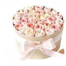 """Пионовидные розы в коробке  """"Франция"""""""
