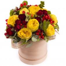 """Цветы в шляпной коробке """"Летний денек"""""""