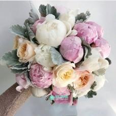 Букет невесты из Пионов и Роз №40