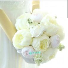 Букет невесты из белых Пионов №52