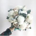 Букет невесты из Пионов и Роз №56