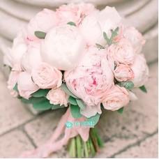 Букет невесты из Пионов и Роз №65