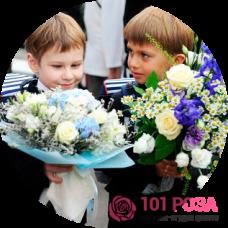 Какие букеты цветов дарить на 1 сентября учителю?
